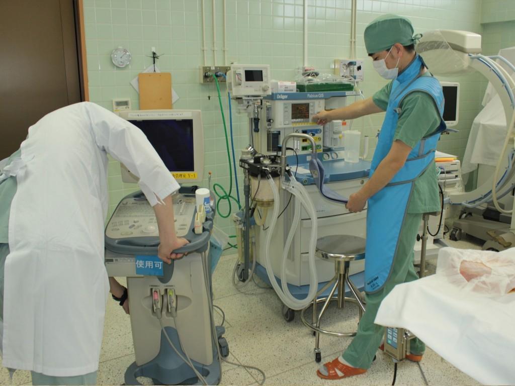 ▲手術室関連業務(術前準備の様子)